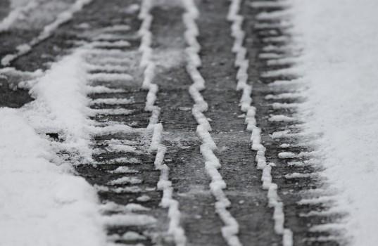 tire-tracks-3148803_1280
