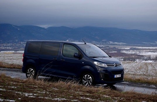 citroen-spacetourer-19