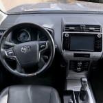 toyota-land-cruiser-interior-4