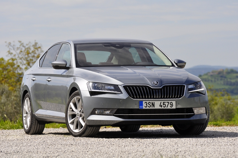 test_skoda_superb_2015_20_tsi_4x4_prvni_004_800_600