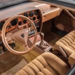 lancia-thema-8-32-velour-interior