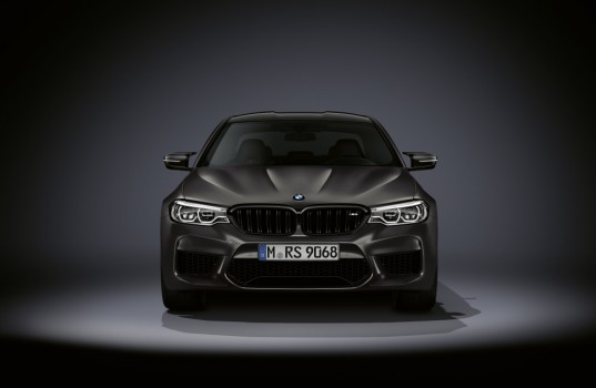 p90346571_highres_the-new-bmw-m5-editi