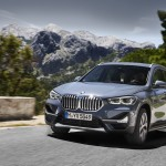 p90350950_highres_the-new-bmw-x1-drivi