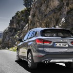 p90350955_highres_the-new-bmw-x1-drivi