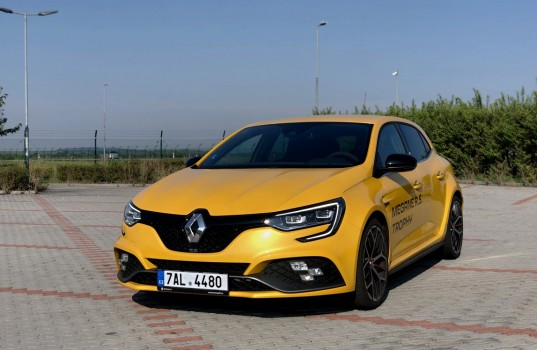 renault-rs-trophy-17