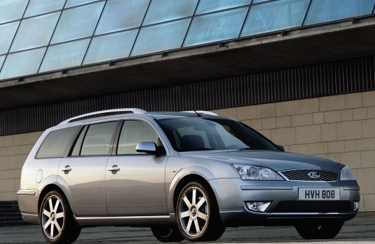 ford_mondeo_2005_4s