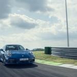 2020-porsche-911-turbo-992-3