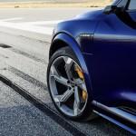 2021-elektromobil-audi_e-tron_s-10