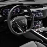 2021-elektromobil-audi_e-tron_s-14