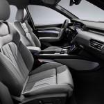 2021-elektromobil-audi_e-tron_s-15