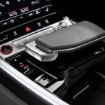 2021-elektromobil-audi_e-tron_s-17