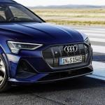 2021-elektromobil-audi_e-tron_s-9