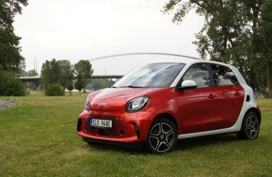 smart-eq-forfour-9