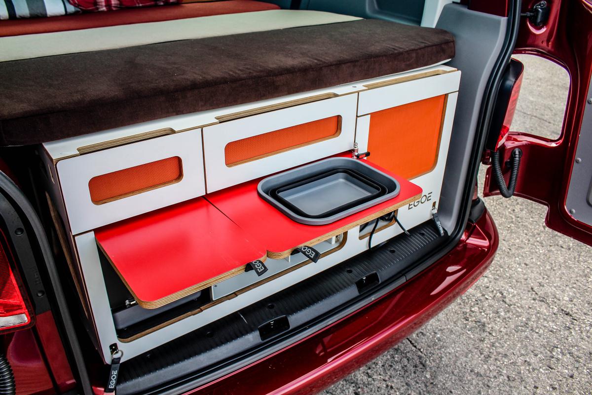 volkswagen-transporter-61-13