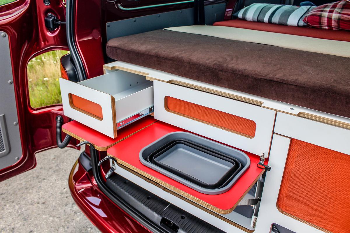 volkswagen-transporter-61-16