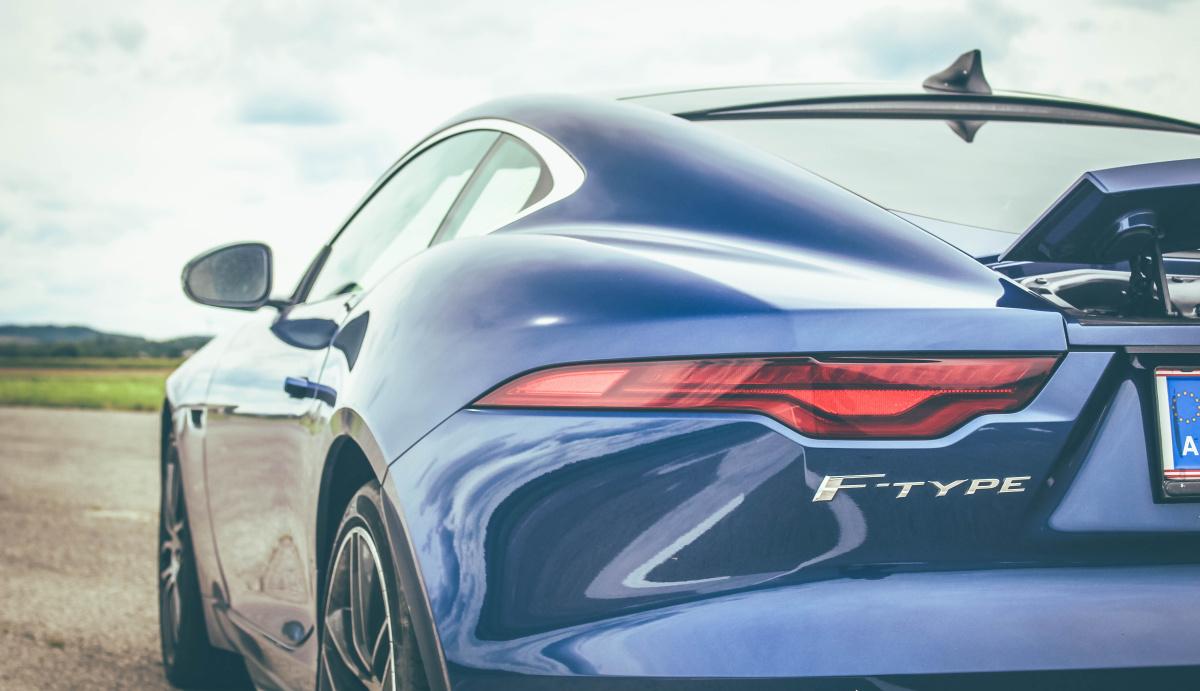 jaguar-f-type-2020-8