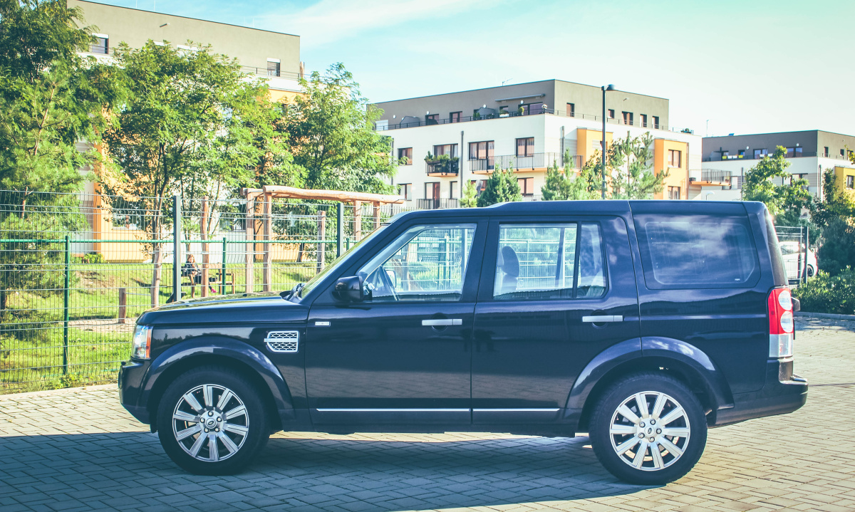 land-rover-discovery-4-4