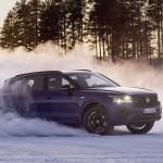 2020-volkswagen-touareg-r-plug-in-hybrid-13