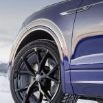 2020-volkswagen-touareg-r-plug-in-hybrid-14
