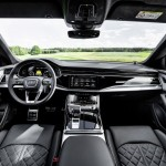 2021-audi-q8-tfsie-quattro-plug-in-hybrid-12