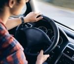 driving-2934477_640