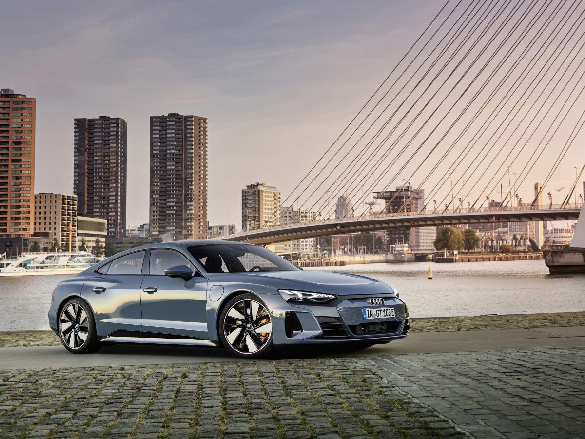 2021-audi_e-tron_gt-elektromobil-4