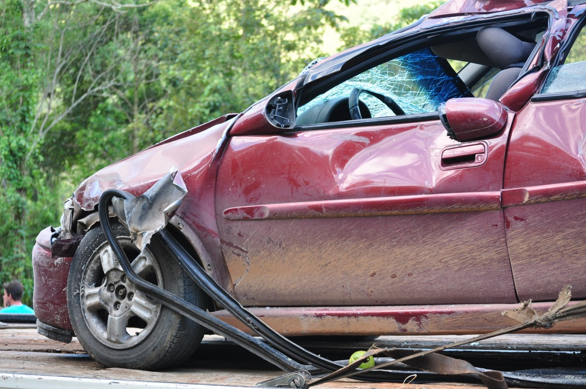 crash_car_car_crash_accident_vehicle_transportation_broken_automobile-1044903