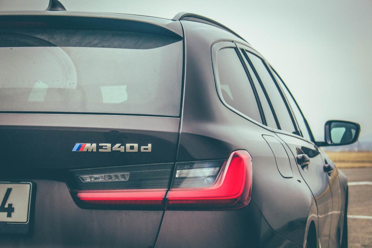 bmw-m340d-xdrive-touring-32