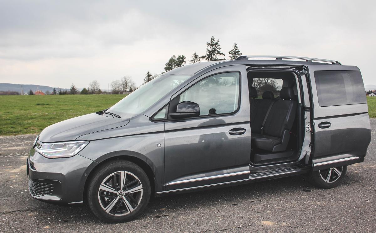 vw-caddy-max-2021-13