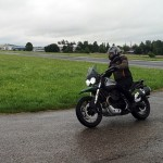 moto-guzzi-v85-tt-travel-centenario-1