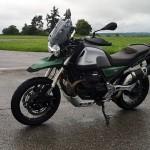 moto-guzzi-v85-tt-travel-centenario-12