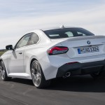 p90428438_highres_the-all-new-bmw-220i